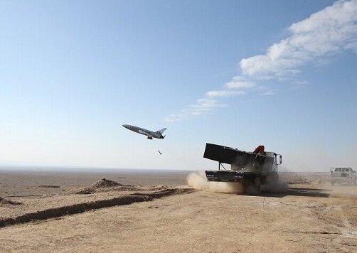 هواپیمای بدون سرنشین ایران کامیکازه در طی تمرینات نظامی