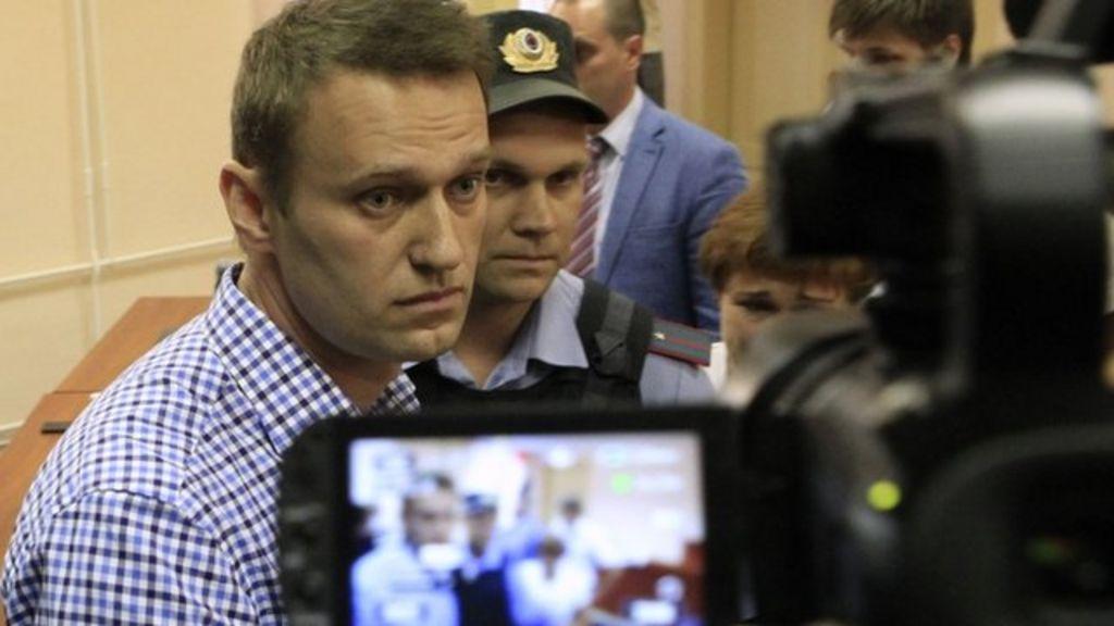 روسیه ، ناوالنی هنگام بازگشت به مسکو دستگیر شد ، پرواز لحظه آخر را ربود