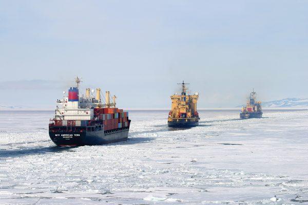 قطب شمال برای هند آرزو می کند