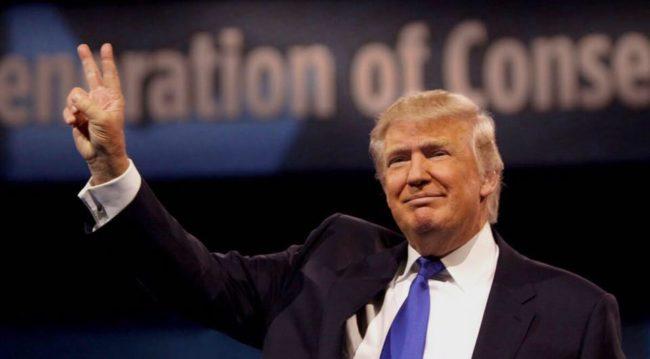 محبوبیت ترامپ در حال کاهش است ، طی چهار سال هرگز اینقدر کم نیست
