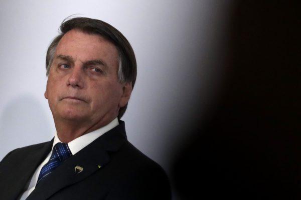 برزیل بر سر دوراهی است.  به همین دلیل کشور بزرگ خطر می کند
