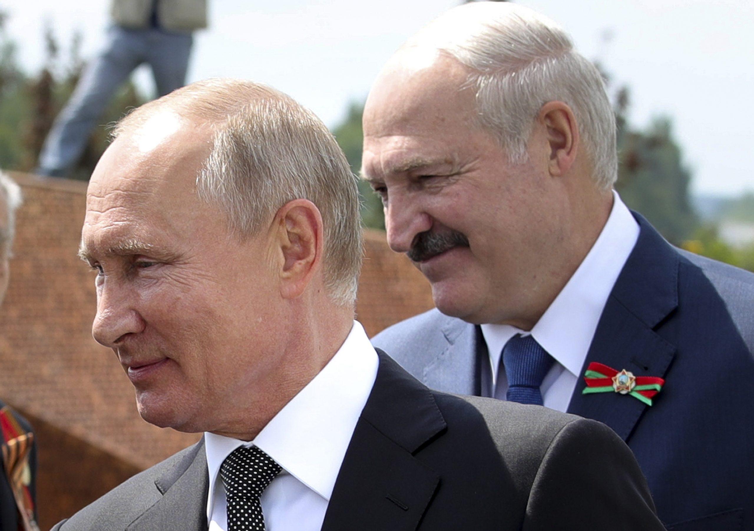 سرنوشت لوکاشنکو اکنون در دست پوتین است