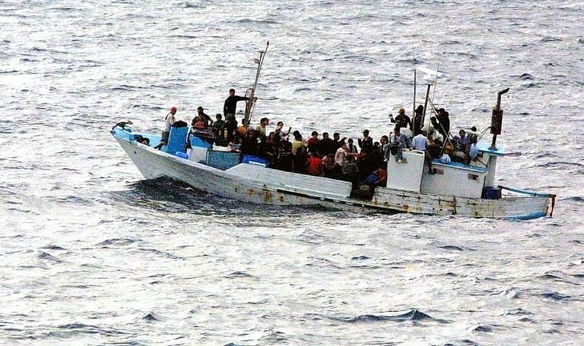 یونان: به دنبال بازگرداندن 1450 مهاجر به ترکیه است  Kmetro0