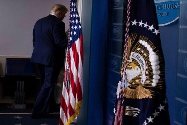 """ایالات متحده آمریکا: """"ترامپ در تاریخ 20 ژانویه کاخ سفید را ترک خواهد کرد.""""  Kmetro0"""