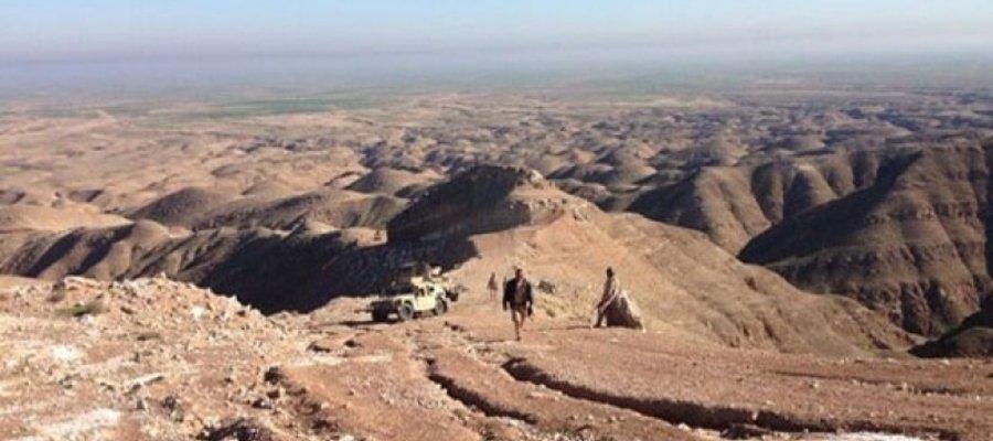 سوریه ، یک جنگ علنی بین SAA و Isis در صحرای بادیه وجود دارد